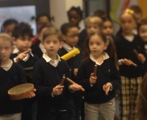 Percussions et chants ecoles maternelles primaires